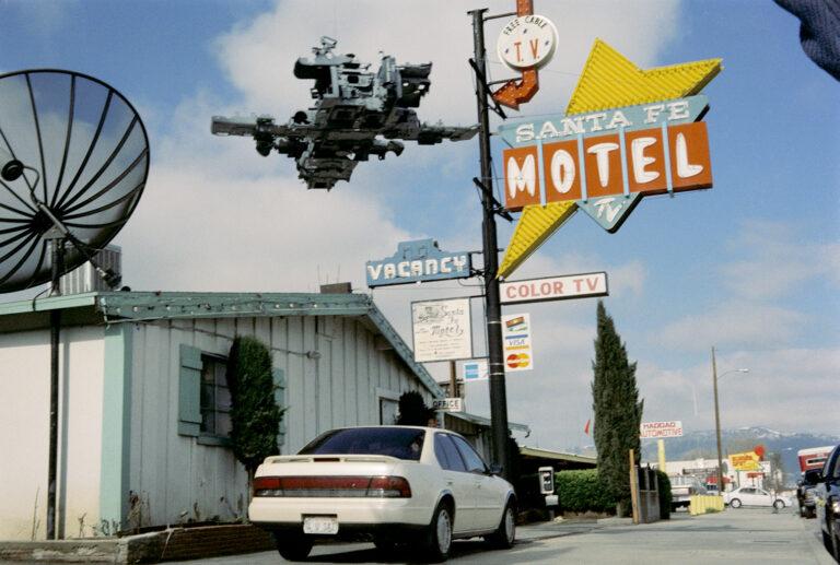 Martin Liebscher: Santa Fe Motel, Tehachapi, CA   1998